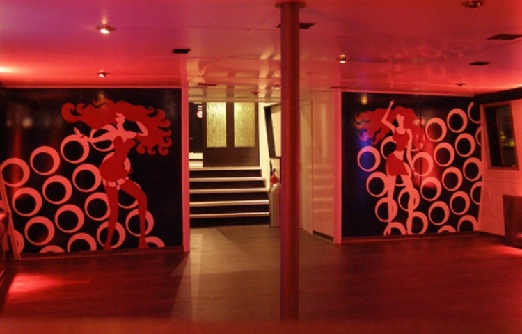 PARTYBOOT 3 - Discozaal avond 2