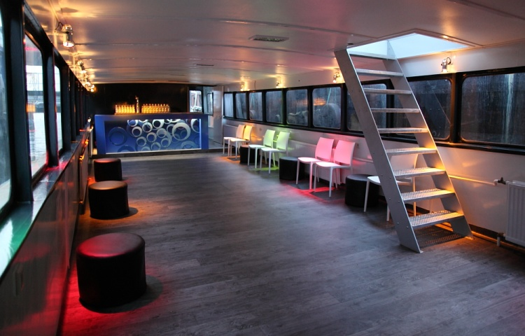 partyBOOT4-benedenzaal-lounge